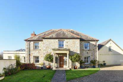 5 Bedrooms Detached House for sale in Manaccan, Helston, Cornwall