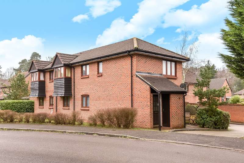 1 Bedroom Maisonette Flat for sale in Merryman Drive, CROWTHORNE, RG45