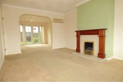 3 Bedrooms House for rent in Burrs Way