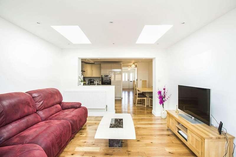 4 Bedrooms Terraced House for sale in Nottingham avenue, London, London, E16