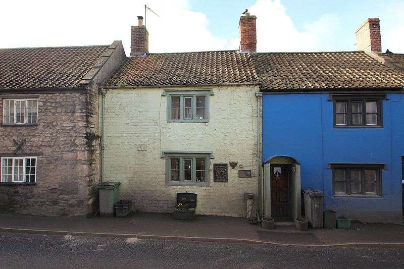 2 Bedrooms Property for sale in Chilkwell Street, Glastonbury