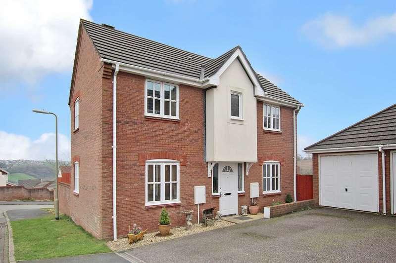 3 Bedrooms Detached House for sale in Bevil Close, Bideford