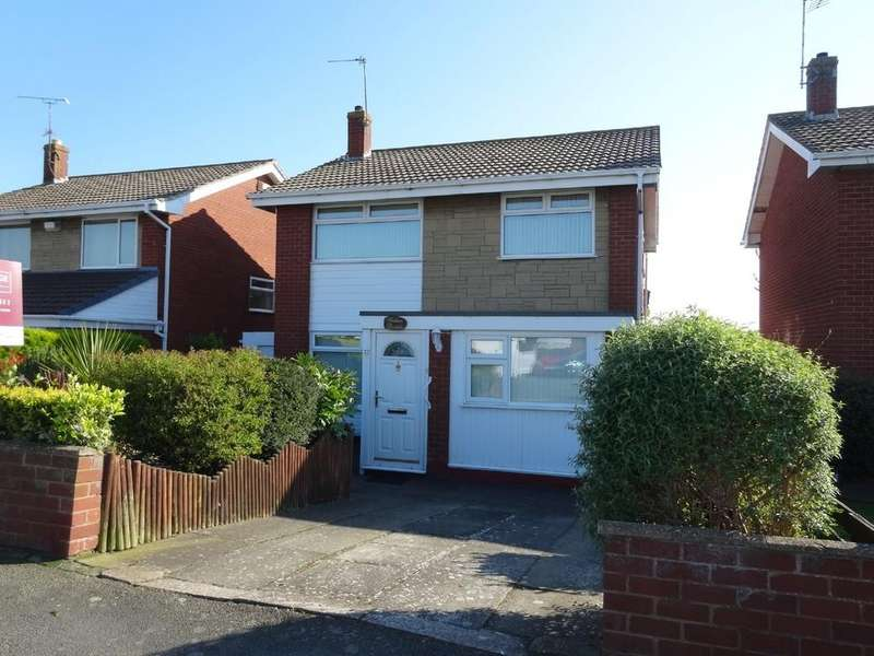 3 Bedrooms Detached House for sale in Pen Y Cefndy, Rhyl