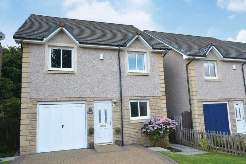 4 Bedrooms Detached House for sale in North Street, Clackmannan, Clackmannanshire, FK10 4JD