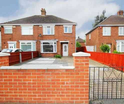 3 Bedrooms Semi Detached House for sale in Littlecoates Road, Grimsby, South Humberside, DN34 5SU