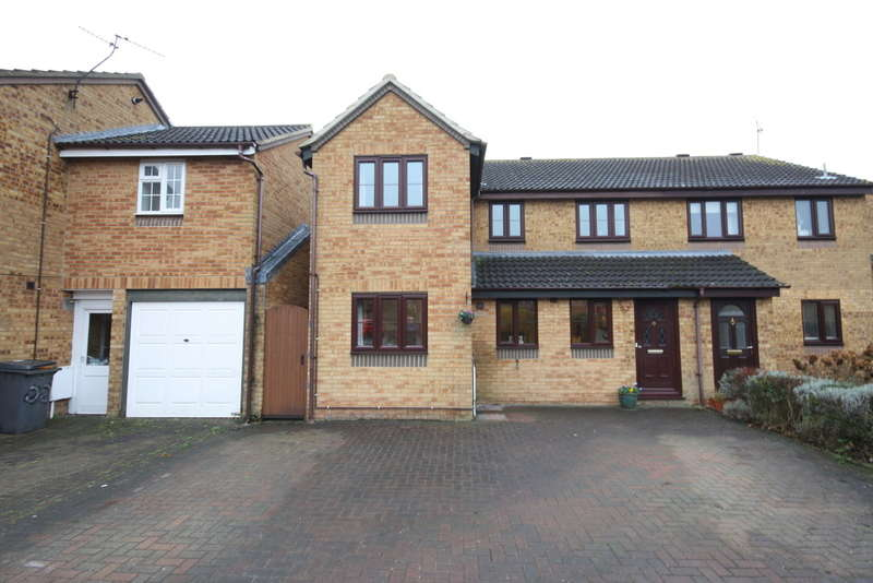 5 Bedrooms Semi Detached House for sale in Springfield, Chelmsford