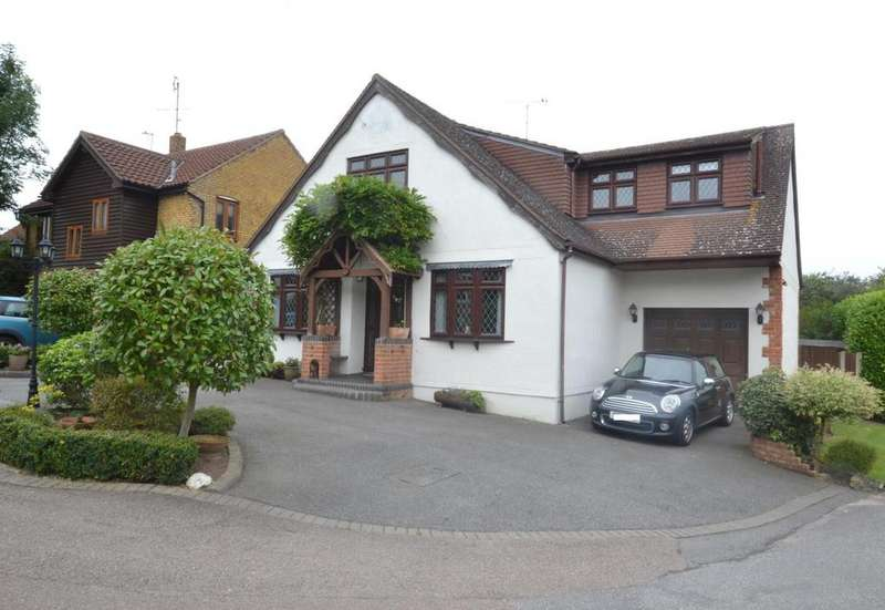 4 Bedrooms Detached House for sale in West Park Crescent, Billericay, Essex, CM12
