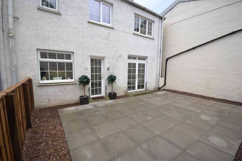 2 Bedrooms Bungalow for sale in 8A, Buccleuch Street Hawick, TD9 0HW