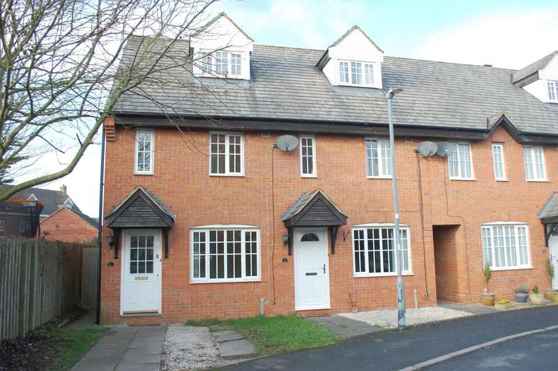 3 Bedrooms End Of Terrace House for sale in Minerva Mews Alcester
