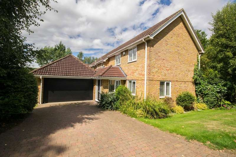 4 Bedrooms Detached House for sale in Silver Birches, Hutton, Brentwood, Essex, CM13 2JG