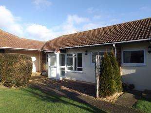 2 Bedrooms Retirement Property for sale in Manor Court, Manor Way, Elmer, Bognor Regis