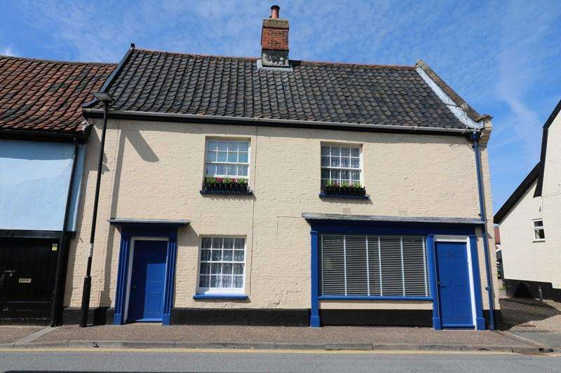 4 Bedrooms Cottage House for sale in Damgate Street, Wymondham