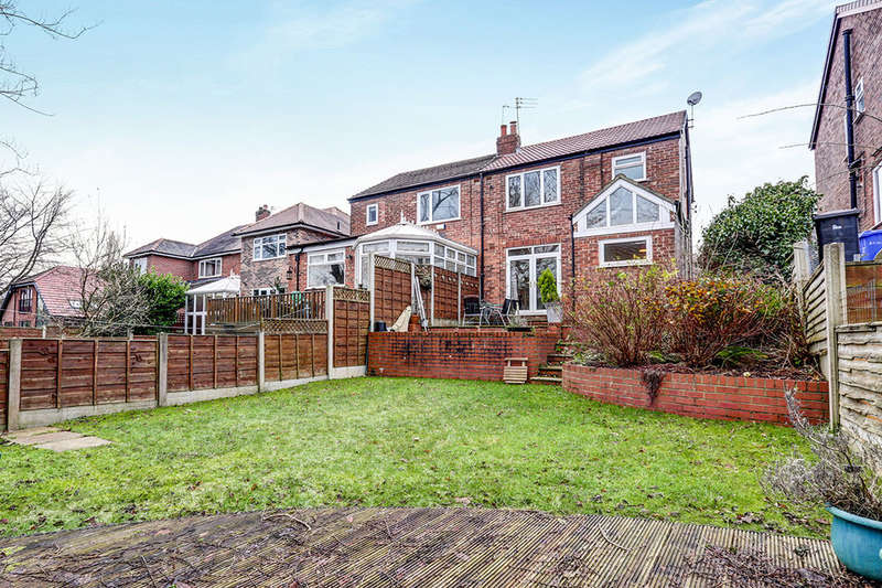 3 Bedrooms Semi Detached House for sale in Douglas Road, Worsley, Manchester, M28
