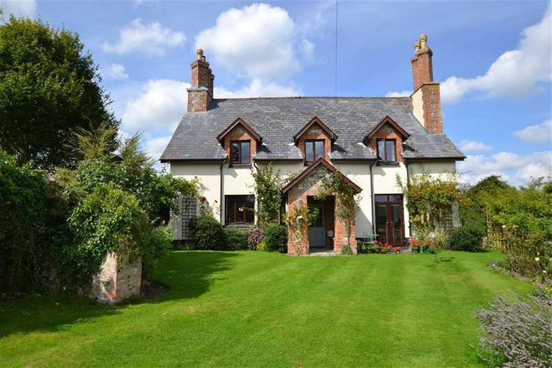 5 Bedrooms Detached House for sale in West Buckland, Taunton, Somerset, TA21