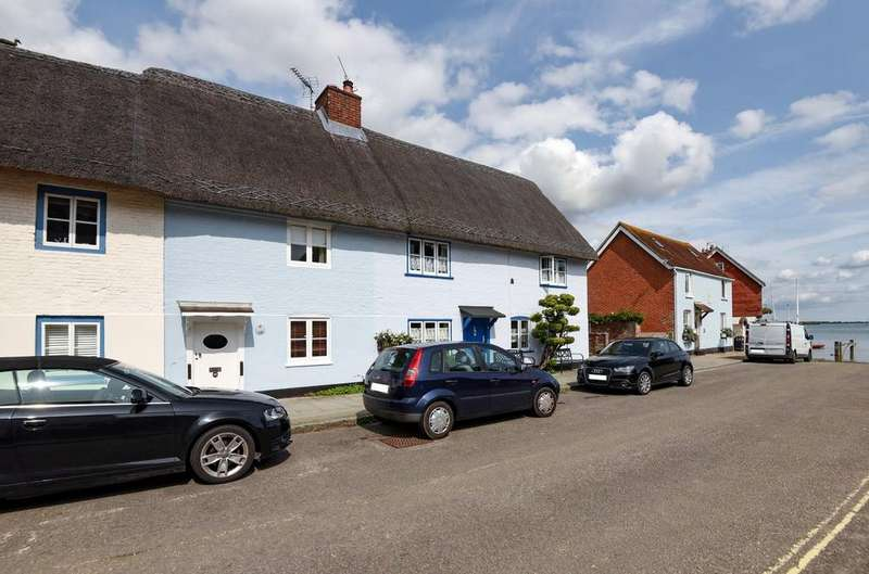 2 Bedrooms House for sale in Langstone High Street, Langstone, PO9