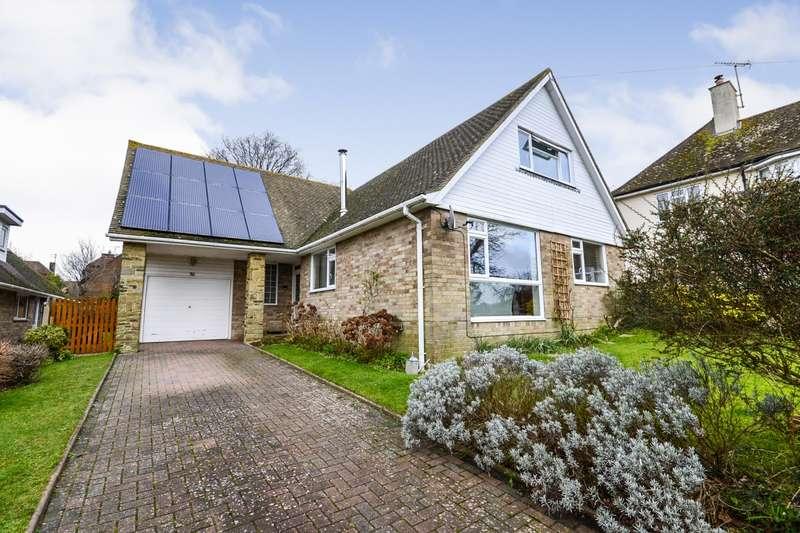 4 Bedrooms Detached Bungalow for sale in Wealden Way, Bexhill-On-Sea, TN39