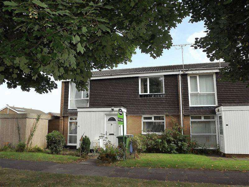 2 Bedrooms Flat for sale in Windermere Close, Cramlington