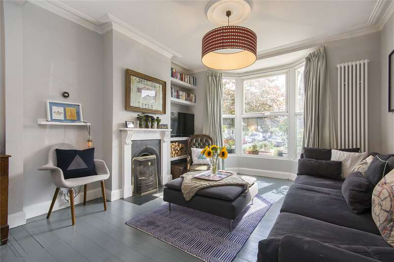 4 Bedrooms Terraced House for sale in Bushberry Road, London, E9