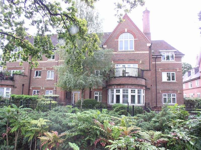 2 Bedrooms Flat for sale in Queens Road, Weybridge