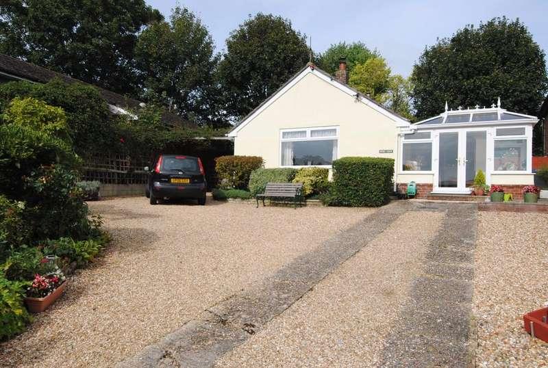 2 Bedrooms Bungalow for sale in Bourne View, Allington, Salisbury, SP4 0AA.