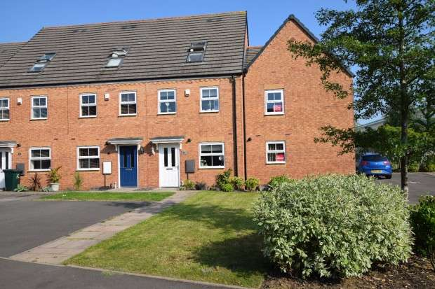 3 Bedrooms Town House for sale in Walmsley Close, Allesley, Coventry, CV5
