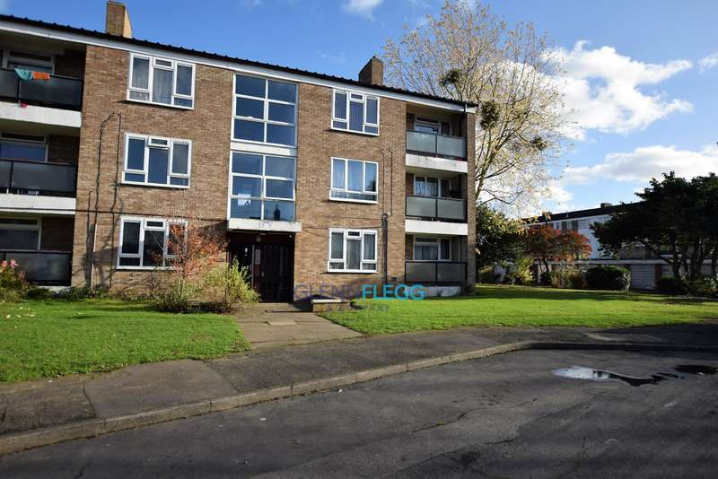 2 Bedrooms Flat for sale in Close to Langley train station - No Stamp Duty For First Time Buyers