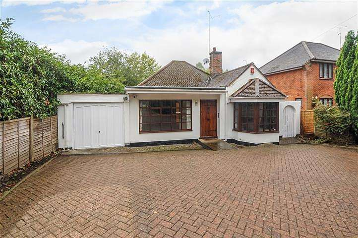 3 Bedrooms House for rent in London Road, Windlesham, Surrey, GU20