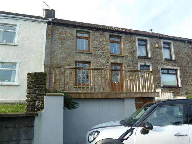3 Bedrooms Terraced House for sale in Greenfield Terrace, Llangynwyd, Maesteg, Mid Glamorgan