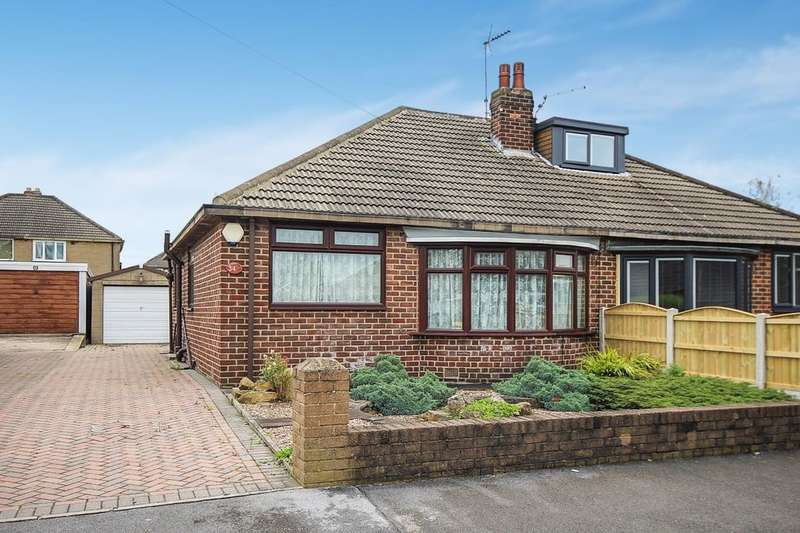 2 Bedrooms Semi Detached Bungalow for sale in Lulworth Avenue, Leeds, LS15