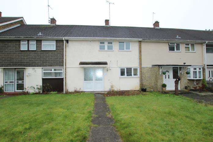 3 Bedrooms Terraced House for rent in Nether Priors, Basildon