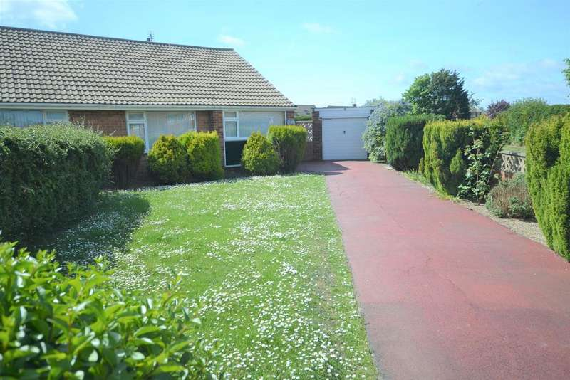 2 Bedrooms Semi Detached Bungalow for sale in Brecon Drive, Redcar TS10