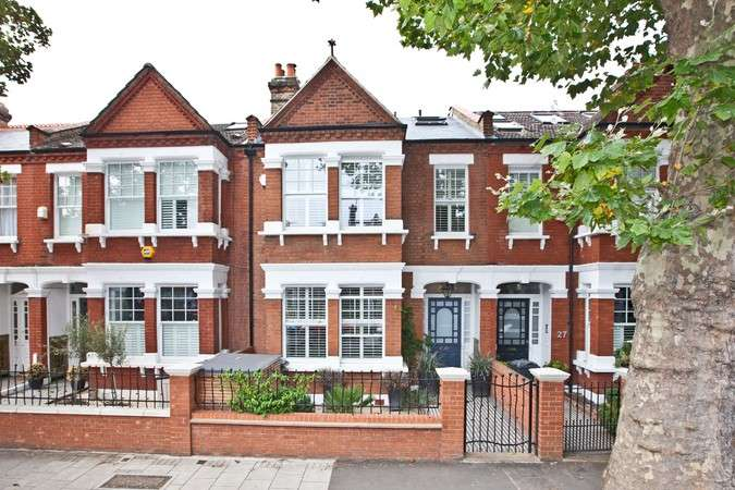 4 Bedrooms Terraced House for sale in Wavendon Avenue, Chiswick