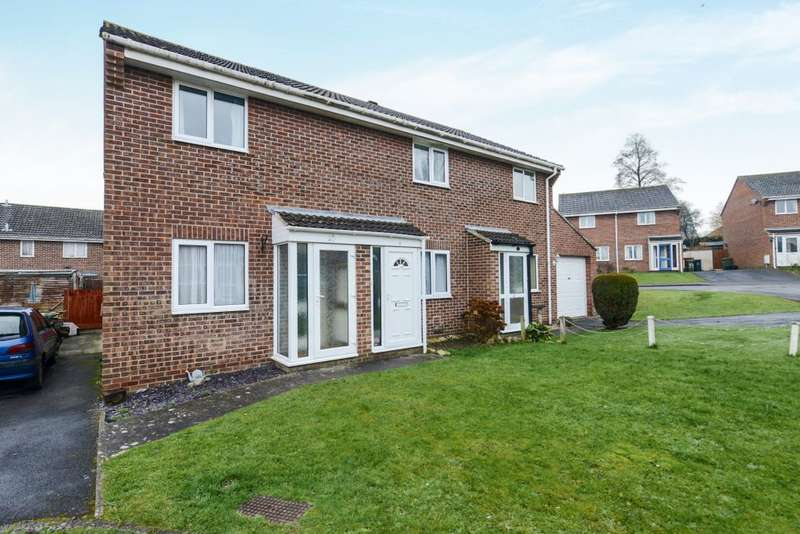 2 Bedrooms Semi Detached House for sale in Blagrove Close, Somerset, BA16 0AU