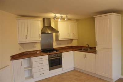 2 Bedrooms Flat for rent in Redfearn Walk, Warrington, WA2