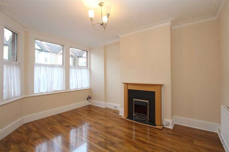 3 Bedrooms End Of Terrace House for rent in Southend on Sea