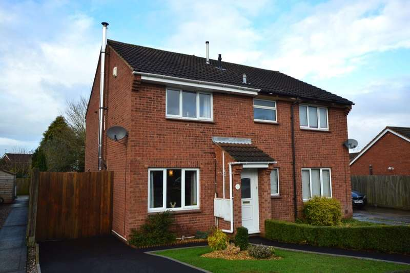 2 Bedrooms Semi Detached House for sale in Beverston Road, Wolverhampton, WV6