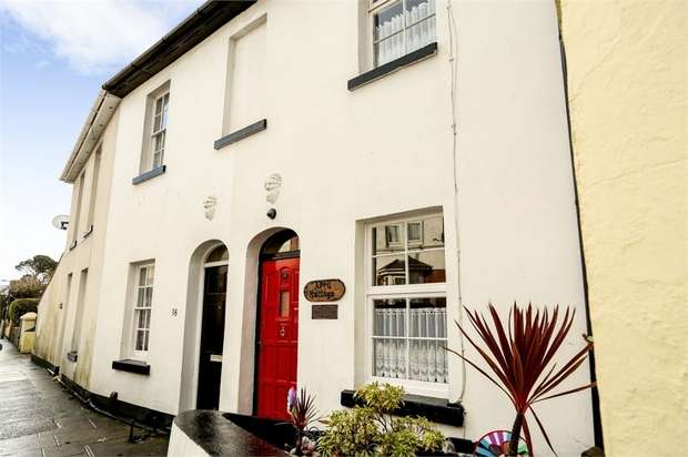 2 Bedrooms Terraced House for sale in Fisher Street, Paignton, Devon