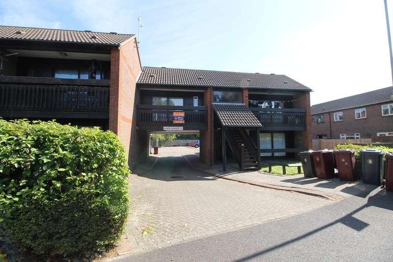 1 Bedroom Apartment Flat for sale in Osborne Crescent, Chichester PO19