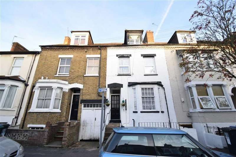 1 Bedroom Apartment Flat for sale in Gladstone Rd, Watford, Herts