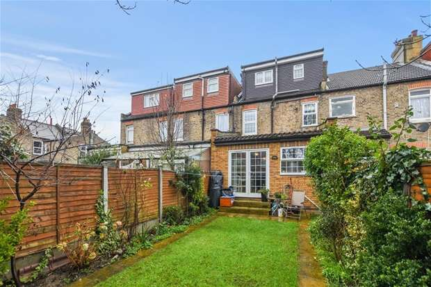 5 Bedrooms House for sale in Mafeking Avenue, London