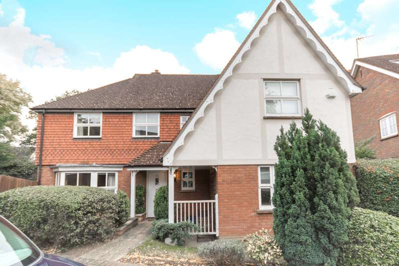 5 Bedrooms Detached House for sale in Harts Grove, Woodford Green, IG8