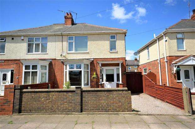 3 Bedrooms Semi Detached House for sale in RICHMOND ROAD, GRIMSBY