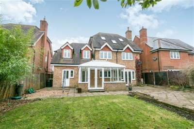 4 Bedrooms Detached House for rent in Four Marks