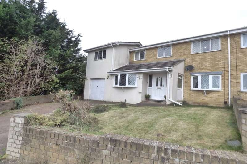 6 Bedrooms Semi Detached House for sale in Snowdrop Close, Folkestone, CT19