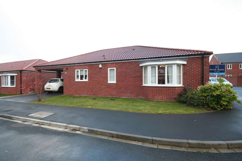 4 Bedrooms Detached Bungalow for sale in Gilkes Walk, Middlesbrough, TS4
