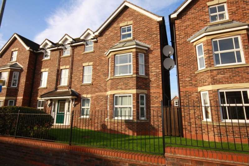 2 Bedrooms Flat for sale in Whitewell Close, Nantwich, CW5