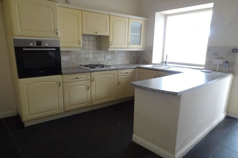 3 Bedrooms Terraced House for sale in Hall Road, Trawden, Colne, BB8