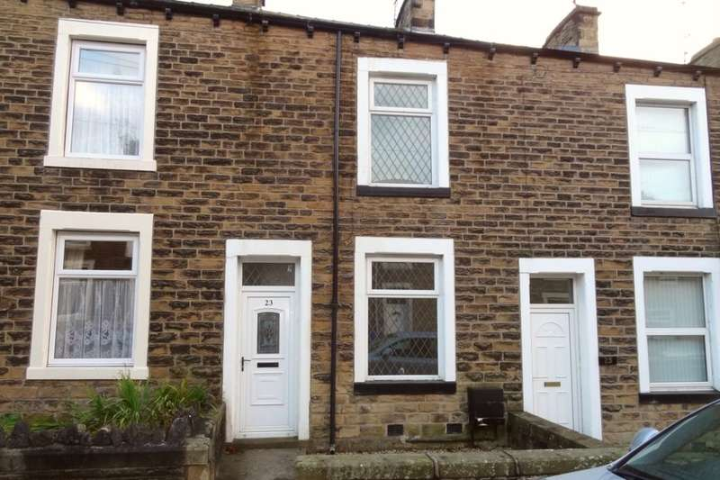 2 Bedrooms Terraced House for sale in Albion Street, Earby, Barnoldswick, BB18