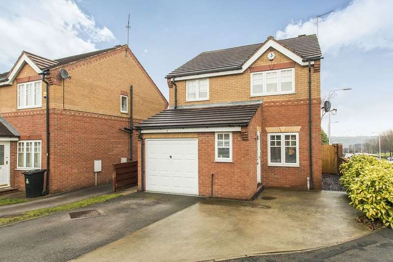 3 Bedrooms Detached House for sale in Wigeon Approach, Morley, Leeds, LS27