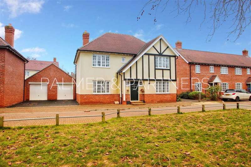 4 Bedrooms Detached House for sale in Lambeth Road, Colchester